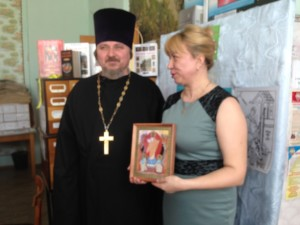 Икона Воскресения Христова - дар Самарской детской библиотеке.2016_04_07